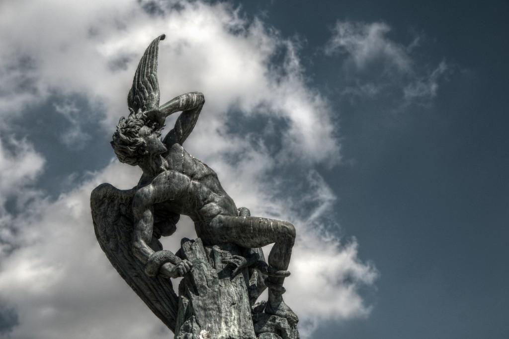 Ángel Caído, de Ricardo Bellver